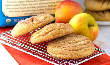 Apple Pie Stuffed Snickerdoodles